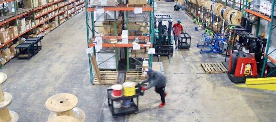 Tienda de suministros eléctricos es robada dos veces en lo que va del mes