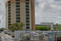 Evacuada una torre de apartamentos por presencia de fuerte olor sospechoso en Miami-Dade