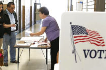 Más de 309.000 votantes de Miami-Dade recibirán boletas por correo esta semana