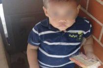 Crisis venezolana al desnudo: dentro de una caja de galletas abandonan bebé en urbanización de Caracas
