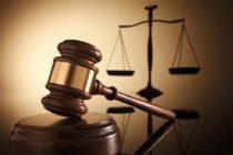 Oficial de Florida va a juicio por asesinar a conductor afroamericano