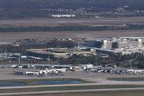 Humo en avión en aeropuerto de Miami envió a una persona al hospital