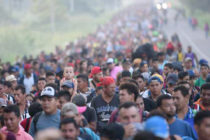 Reforzarán militarmente frontera sur de USA ante llegada de migrantes