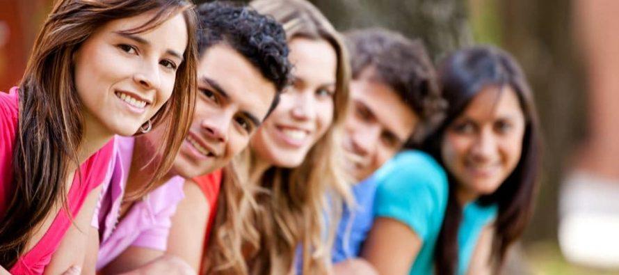 Millennials latinos con importante papel en la economía de Miami