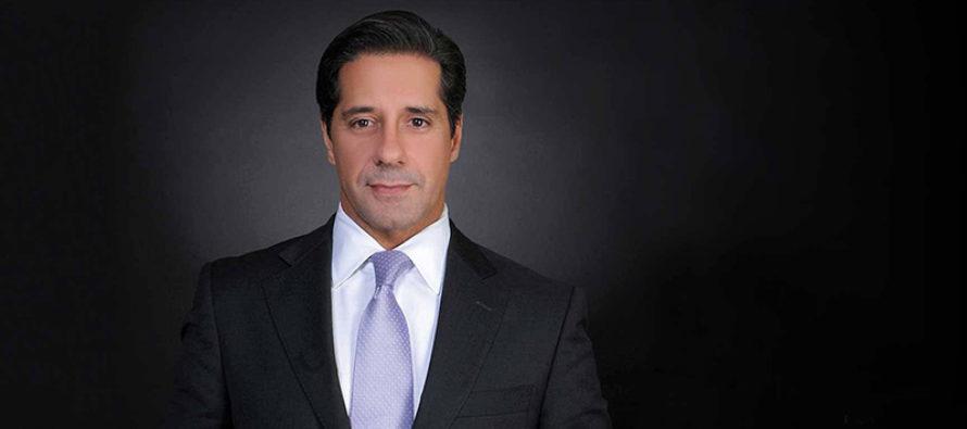 Superintendente Alberto Carvalho es finalista para premioGreen-GarnerAward