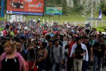 EEUU advierte que cerrará frontera con México si continúa avanzando caravana de migrantes hondureños