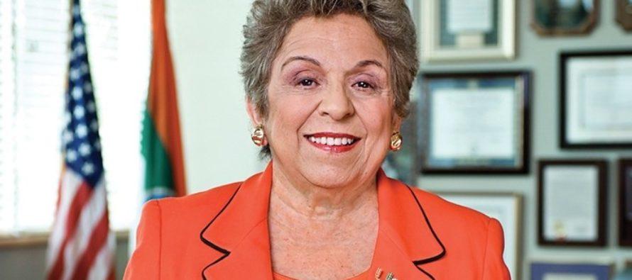 Shalala gana impulso a dos semanas de la elección, lidera por siete puntos en nueva encuesta independiente