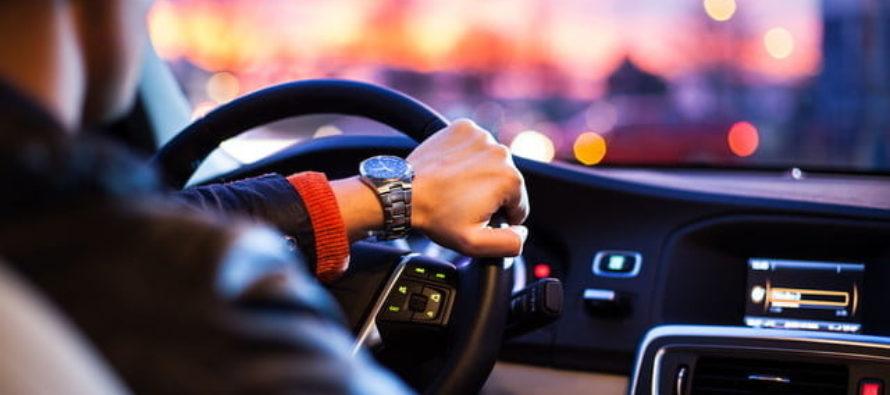 Lyft ofrecerá descuento a conductores en Florida para reparar sus autos
