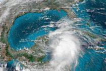 Michael a punto de escalar a huracán y podría tocar tierra como categoría 2