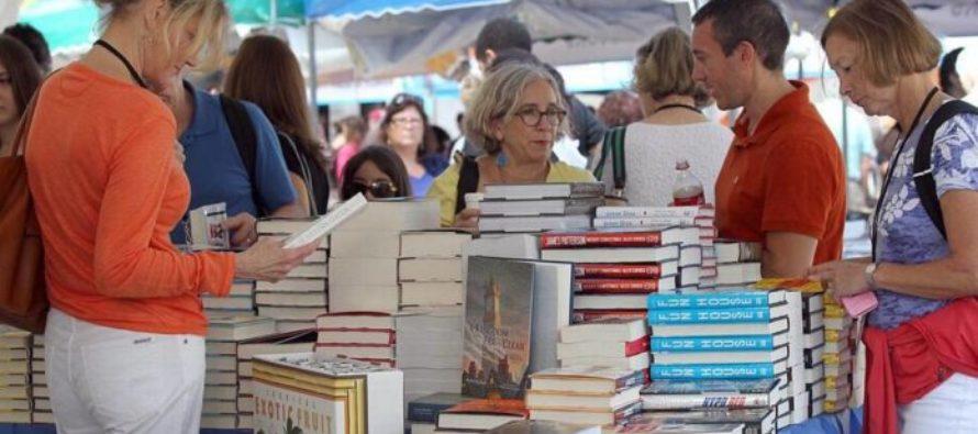 Invitan a la creación de un mural comunitario durante la Feria del Libro de Miami