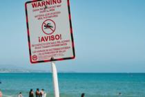 Cierran playas del sur de Florida por posible contaminación