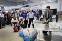 TSA insta a los viajeros a usar bolsa a prueba de manipulaciones para evitar botar productos líquidos
