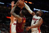 El Heath de Dwayne Wade Vs Los Lakers de LeBrom James ¿Qué equipo es mejor?