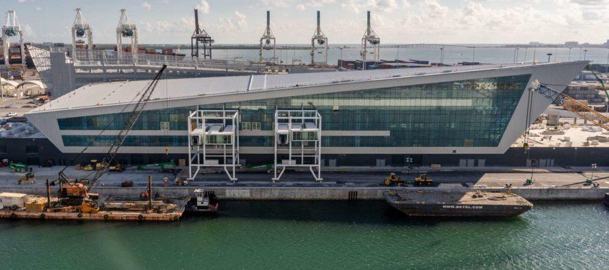 A punto de completarse construcción de la «Corona de Miami» de Royal Caribbean