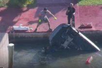 Auto cayó al agua en Miami Beach y sus dos tripulantes salieron ilesos