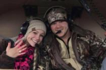Recién casados mueren al caer el helicoptero donde salían de su fiesta de boda