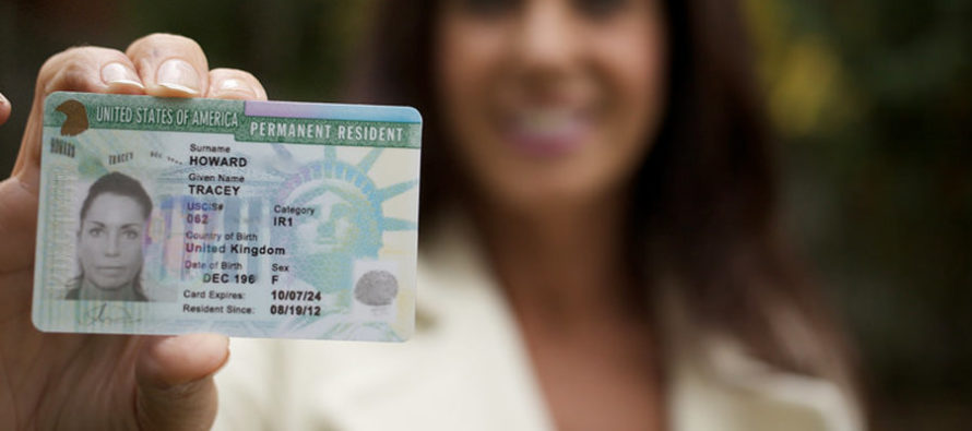 Entérate de las categorías a las que debes pertenecer para obtener la Green Card