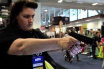 Tiroteos impulsan la compra de armas en EE UU