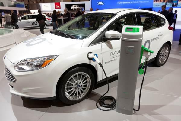 Venta de autos electricos en miami