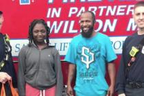 Bomberos de Fort Lauderdale donaron 60 cenas de Acción de Gracias