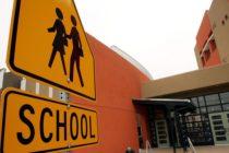 Aprueban referéndum en Miami-Dade para aumentar sueldos a maestros y seguridad escolar
