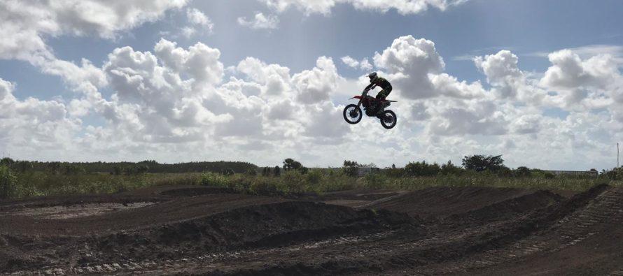 Vuela con tu moto en la Miamimx Race este domingo en el MiamiMXPark