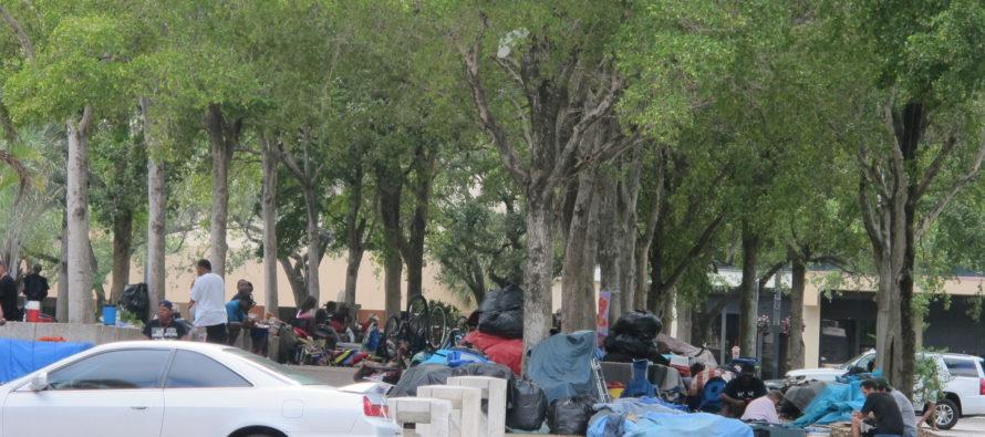 En plena crisis del coronavirus: Miami impulsa proyecto para desamparados