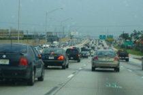 15 carros baleados en autopistas del sur de Florida