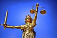 Sur de Florida: Mujer condenada por tirar cuerpo de amiga luego de sobredosis