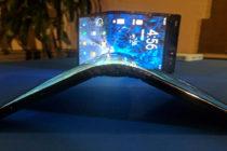 Samsung anuncia nueva pantalla plegable para móviles