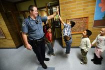 Realizarán feria de trabajo para sumar oficiales de seguridad a centros educativos