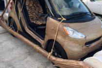 Policía detiene a conductor de Florida que manejaba el vehículo de The Flinstones