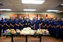 Trump visitó estación de Guardacosta de Florida por Día de Acción de Gracias
