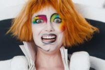 Artistas se unen a campaña contra flagelo que afecta a 150 millones de adolescentes en el mundo