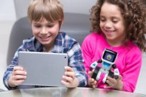 Esta Navidad que tus niños jueguen y se entrenen en informática