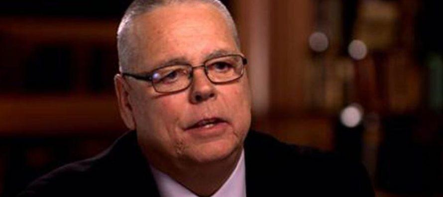 Scot Peterson sostiene que no tenía que intervenir en el tiroteo de Parkland