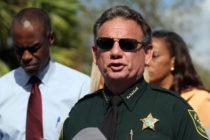 Parkland: Ex alguacil de Florida cuestiona suspensión del cargo