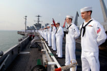 La Armada de los EE UU presenta nueva estrategia de reclutamiento en Miami