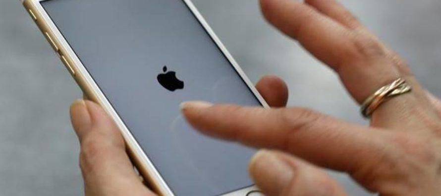 """¡Insólito! Hombre ruso demandó a Apple por $10.000 por """"convertirle en homosexual"""""""