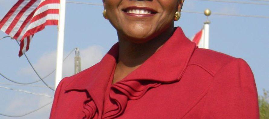 Eligen por unanimidad a Audrey M. Edmonson como nueva presidenta de la Junta de Comisionados del Condado