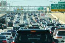Autoridades estatales apoyan la reducción de los peajes y las reformas de transporte