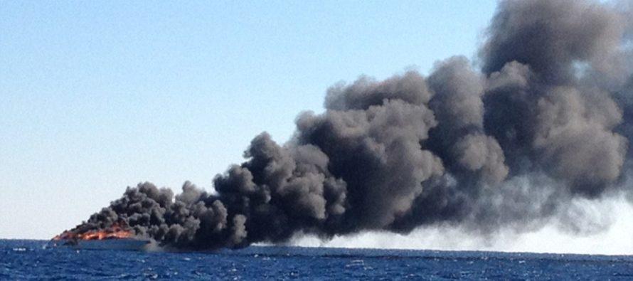 Embarcación se incendió 30 millas al este de Miami Beach