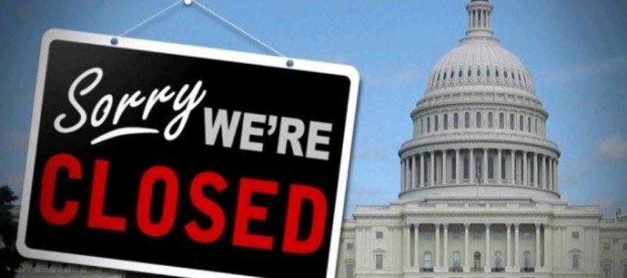 Desacuerdo por el muro podría provocar cierre parcial del gobierno