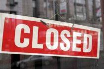 Consumidores en riesgo de contraer enfermedades transmitidas por alimentos en un Winn Dixie en Broward