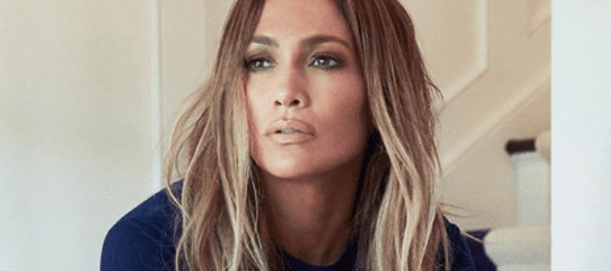 Jennifer Lopez pone a delirar a sus fans con sensual fotografía en una bañera