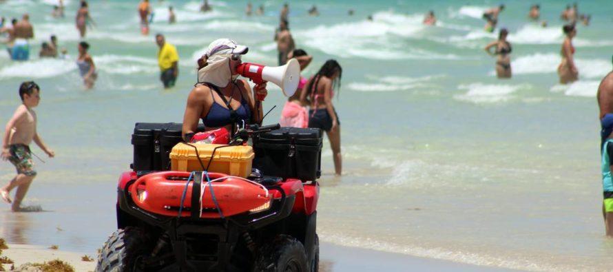 Movido fin de año en aguas de Florida: se suman varios rescates en Miami Beach