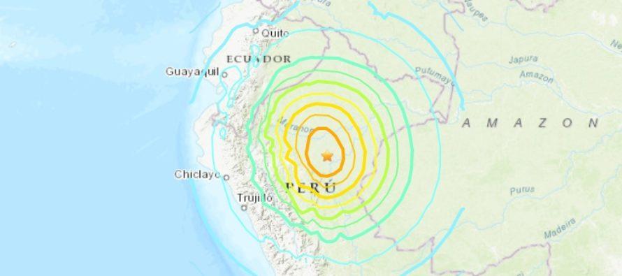 Fuerte terremoto de magnitud 8 y más de 2 minutos sacudió a Perú