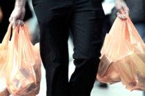 Prohíben el uso de bolsas de plástico en esta ciudad de Florida