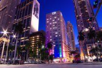 Reportan incendio en el estacionamiento del YVE Hotel Miami