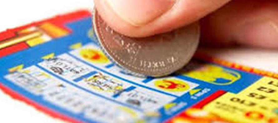 Hombre de Florida ganó $5.000 a la semana por un juego de lotería de por vida